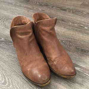 Lucky brand ankle booties brown leather boho style